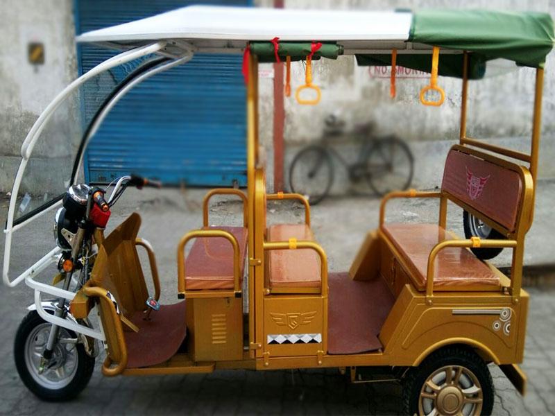 Plaudit 100 e- Rickshaw