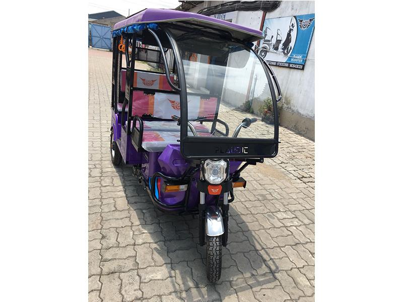 Plauditerickshaw 100